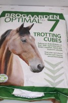Brogaarden optimal nr.7 Trotting cubes